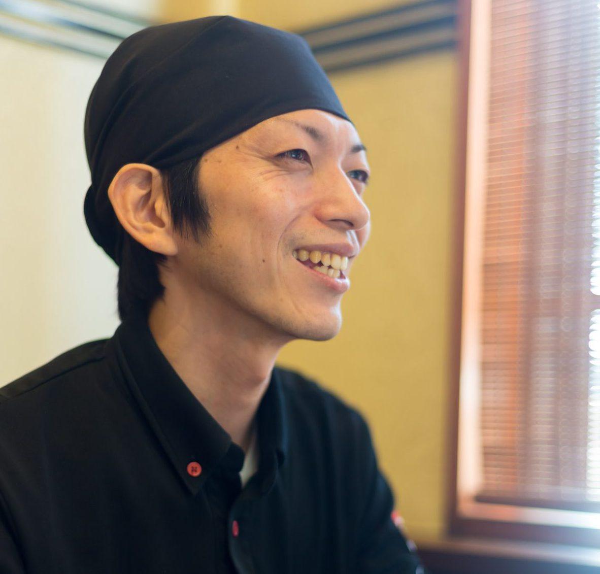 芦 繁 SHIGERU ASHI